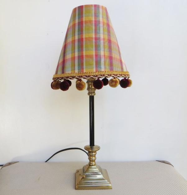 kleine lampe karo fr hlich wohnen berlin. Black Bedroom Furniture Sets. Home Design Ideas